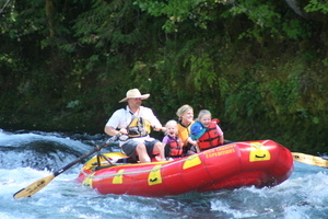 1/2 Day McKenzie River Whitewater Rafting 14 miles